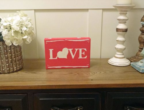 DIY Valentine's Day Wooden Sign