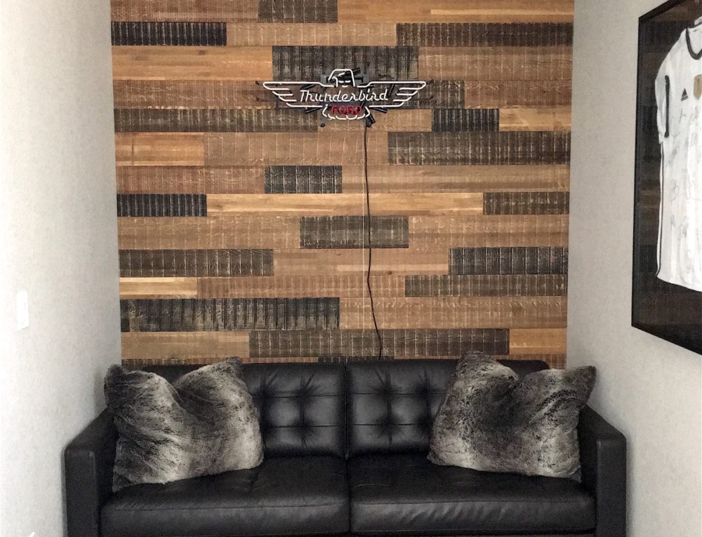 Reclaimed Wood Wall in Teen Boy's Bedroom